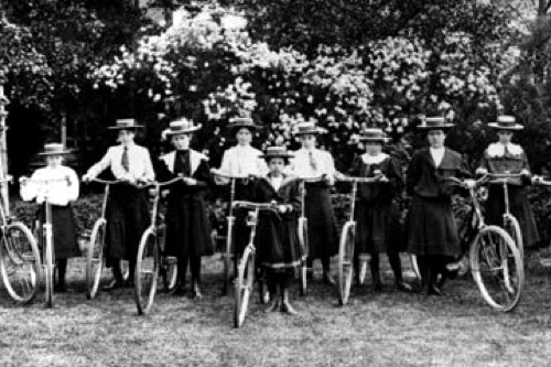 Ladies bicycle soiree, circa 1900. (Hulton Archive/Getty Images)