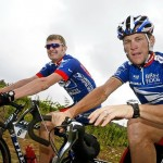 Landis and Armstrong back in happier, non-lawsuit times. (photo courtesy cyclingnews.com(